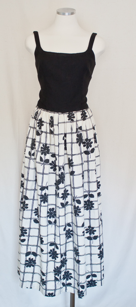 60s Black Top White Bottom Daisy Maxi Linen Dress 1