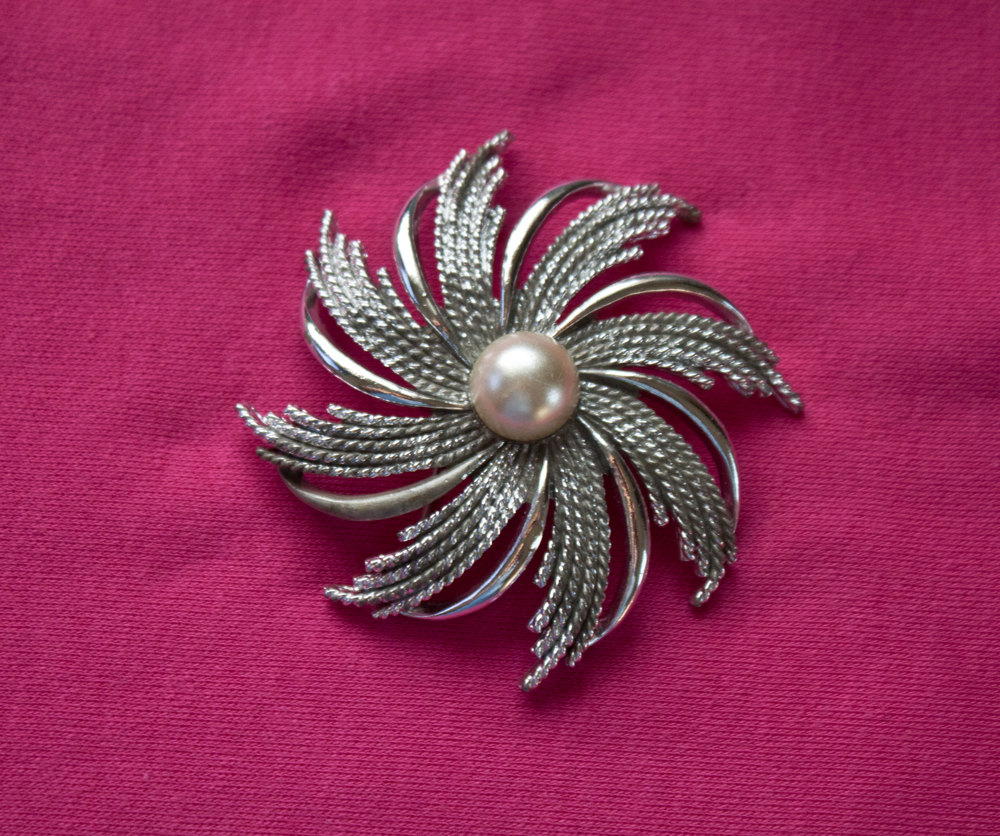 1950s Vintage Sarah Coventry Silver Pinwheel Brooch