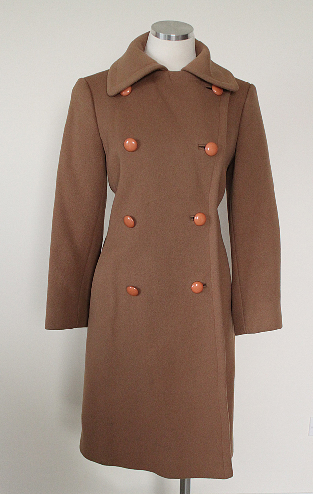 1940's Light Brown Coat with Tan Buttons 1